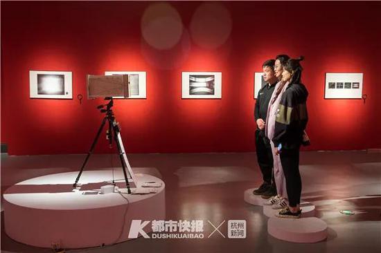 一张曝光十天照片在杭州公布 曝光时间最长为三年