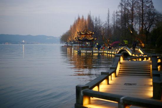 杭州西湖一隅。钱晨菲 摄
