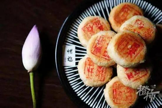 杭州各大寺庙素月饼陆续开售 口味齐全不需要排队