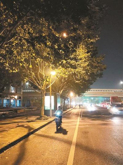 丰庆路增亮前后
