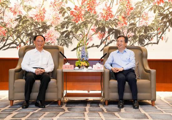 周江勇会见广东江门市党政代表团 推进两省深层合作