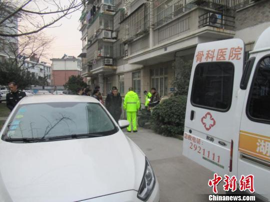 浙江城警联勤合力救援有惊无险 南浔公安提供