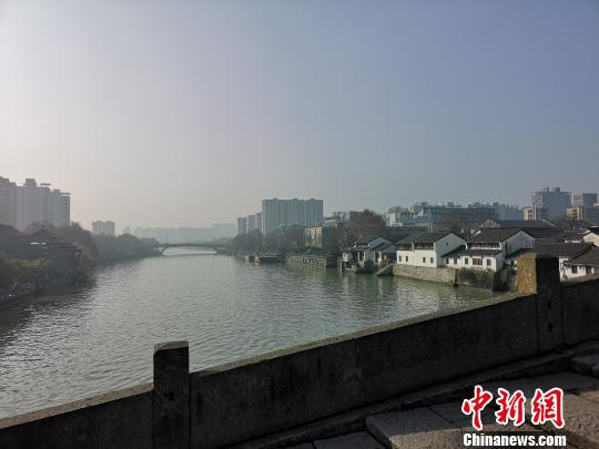 杭州春景。 张煜欢 摄