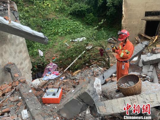 图为临安救援现场。杭州消防供图