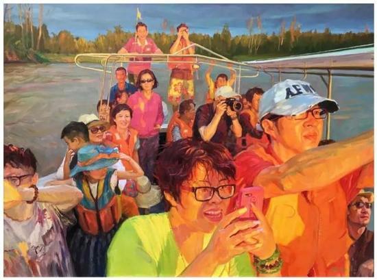 ▲丈夫姚胜荣的油画《人在旅途》就是以他们一家人在外旅行的经历感受为创作题材的作品。