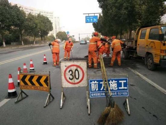 那么,这么多道路都在养护,交通会不会拥堵呢?