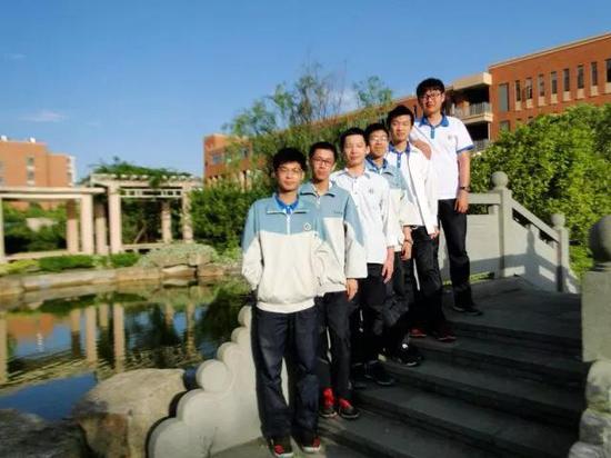 高中及以上赛场上台州省级捷报频传学子封面书历史图片