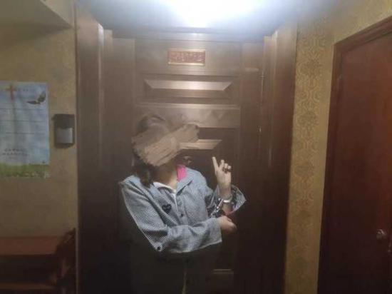 罗某,女,47岁,贵州铜仁人。经审讯,罗某对所犯事实供认不讳。