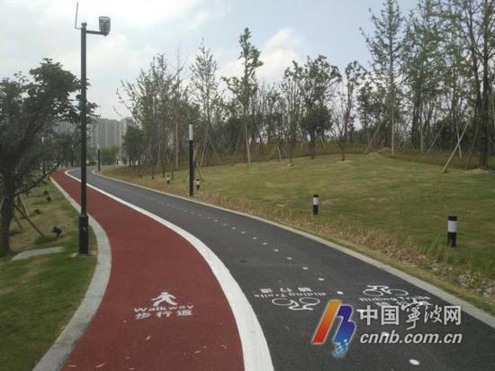 滨江体育公园(林海摄)