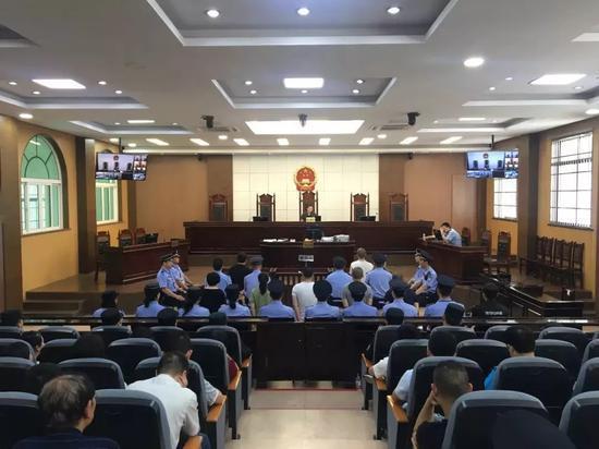 庭审现场。 建德法院 供图