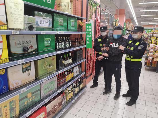 警方成功抓获犯罪嫌疑人。吴兴公安提供