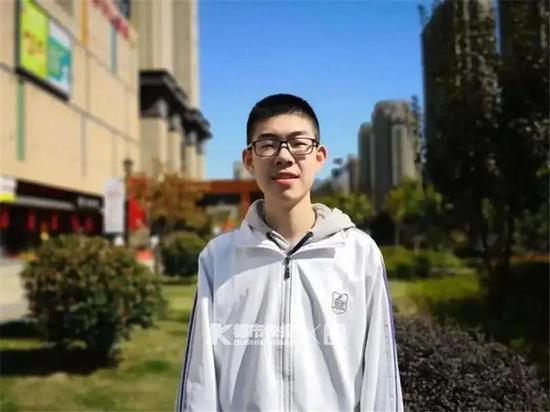 杭州学军中学高三男生入选数学奥赛国家队 全国仅6人