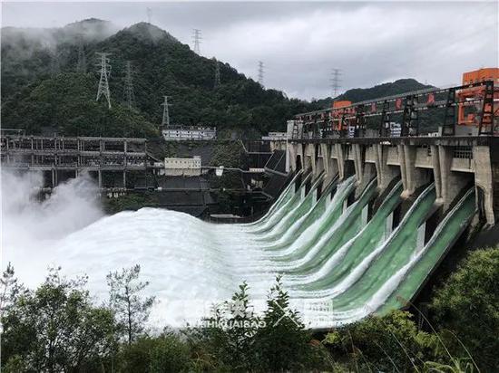 浙江梅雨已下了3500个西湖 推测洪峰明早抵达杭州