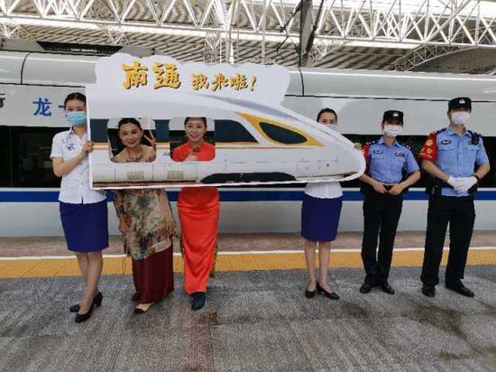 商合杭高铁合湖段通车满月了!暑期客流红火发送旅客逾156.5万人次