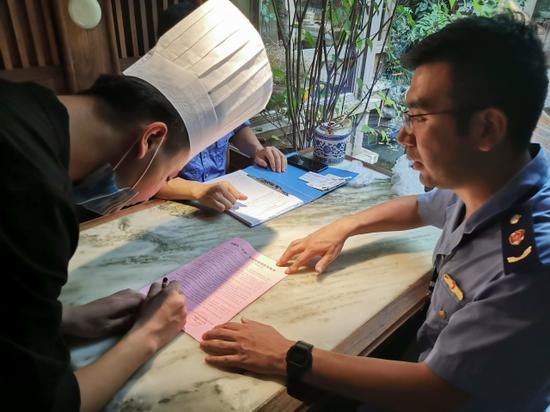 杭州的绿茶餐厅怎么样 市监管局突击检查全市绿茶门店