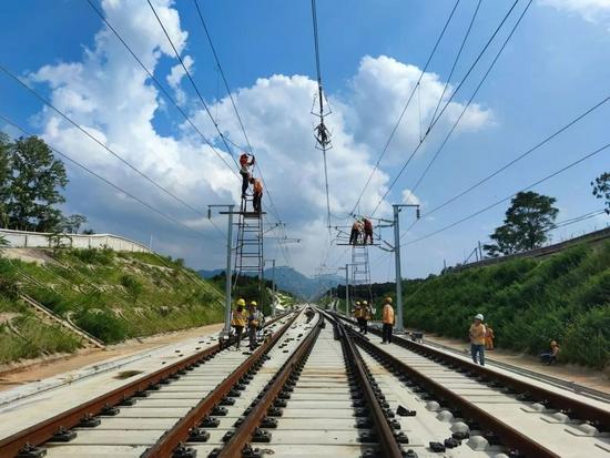 杭台高铁开始静态验收 预计年底前具备开通运营条件