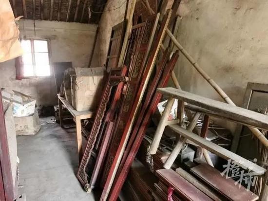 凌晨萧山一清代祖宅遭到偷窃 4张太师椅共卖了4000元