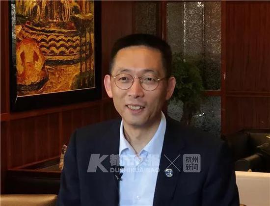 """很多网友看了后很自豪,中国有了自己的""""加州理工学院""""。"""