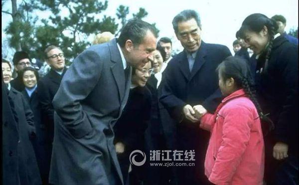"""当年和尼克松""""偶遇""""的杭州小女孩,今年已经58岁了。"""