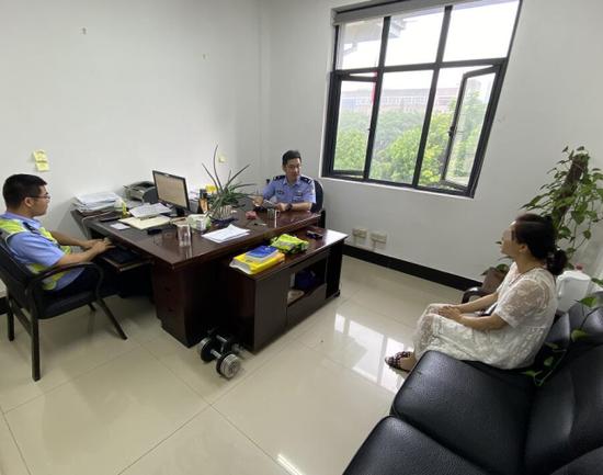 杭州车行老板电动车连车带牌一起卖 已被警方拘留
