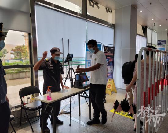 杭州专项督查组对公共场所进行回访 防疫工作亟待改进