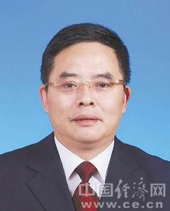 张锐敏男,汉族,1963年5月生,浙江仙居人,1982年8月参加工作,中共党员,在职研究生学历。