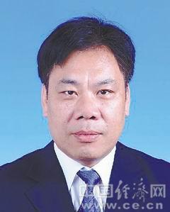 曹羽,男,汉族,1963年7月生,浙江瑞安人,1984年8月参加工作,民盟盟员,大学学历。