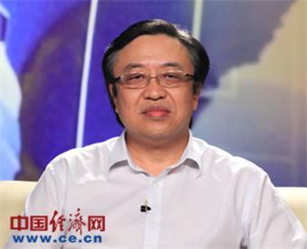 冯飞,男,1962年12月出生,研究生学历,工学博士。1991年11月参加工作,1985年7月入党。