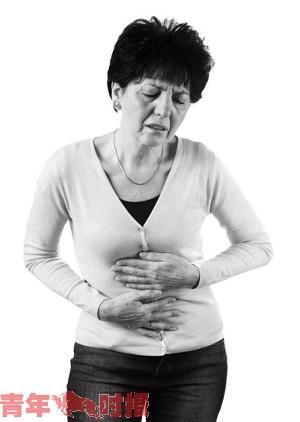 杭州1女子腹痛去就医 一查腹腔流出大量巧克力样液体