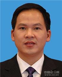 温暖,男,汉族,1971年3月出生,浙江温州人,1989年8月参加工作,中共党员,省委党校在职研究生学历。