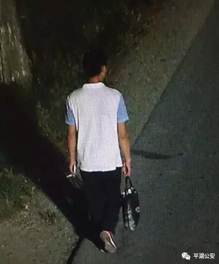嘉兴一男子深夜纸箱做掩护 撬开超市门盗走财物