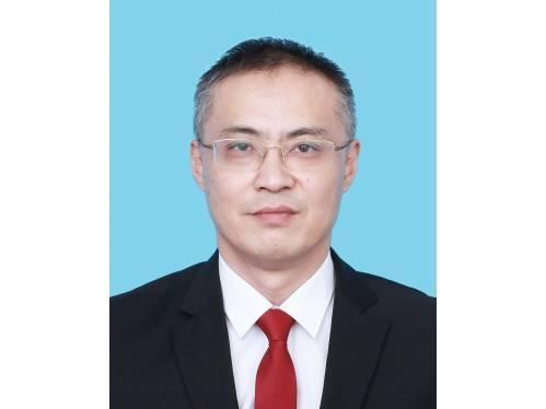 朱铮,现任民革杭州市委会秘书长兼办公室主任,拟任(提名)杭州市商务委员会(杭州市粮食局)副主任(副局长)(试用期一年)。