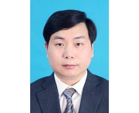 陈小旦,现任杭州市政府办公厅工业经济处处长,拟任(提名)杭州市政府突发公共事件应急管理办公室主任(试用期一年)。