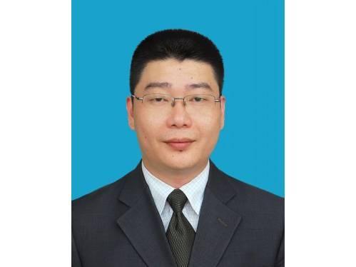 赵宇,现任中共杭州市委办公厅副主任,拟任中共杭州市委副秘书长。