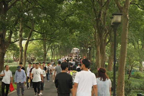 国庆中秋假期浙江旅游收入576.2亿元