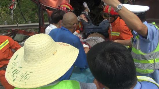 被困人员被成功救出。 金华消防供图