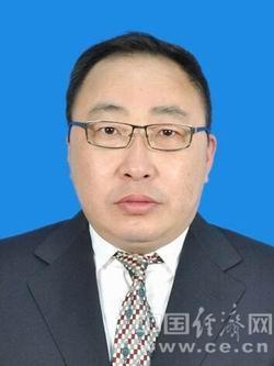 鲍九生,男,1969年4月生,蒙古族,中共党员,大学学历。