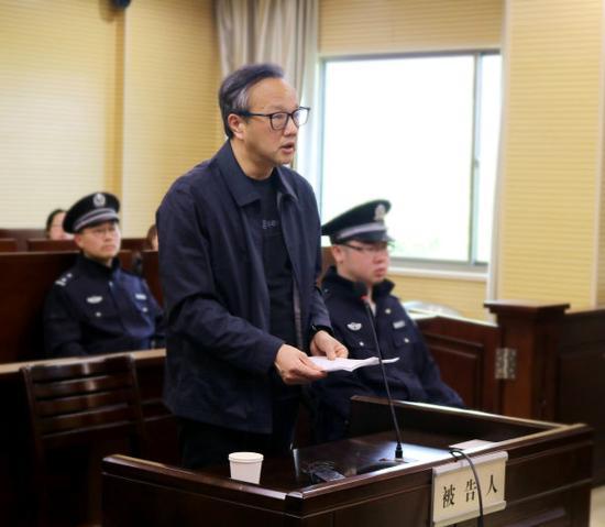 被告人何加顺作最后陈述。胡芦丹 摄