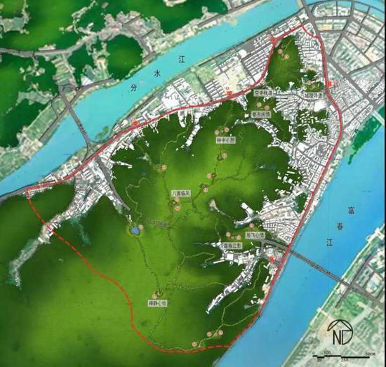 与此同时,施工的还有桐庐老城区的游步道。