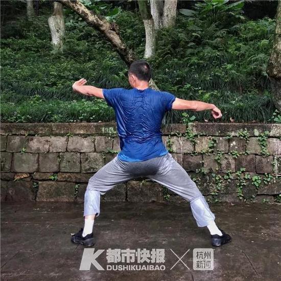 2018年5月,华盖山,汗流浃背锻炼的人。