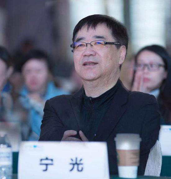 图为中国工程院院士、上海交通大学医学院附属医院副院长宁光教授