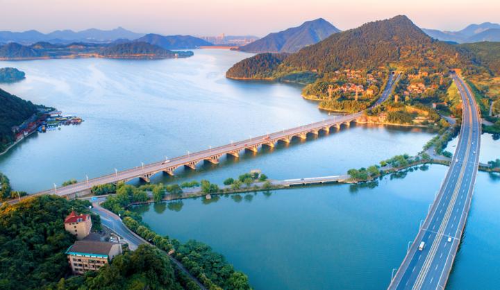 杭徽高速杭州至临安段 部分客车明年起全年免