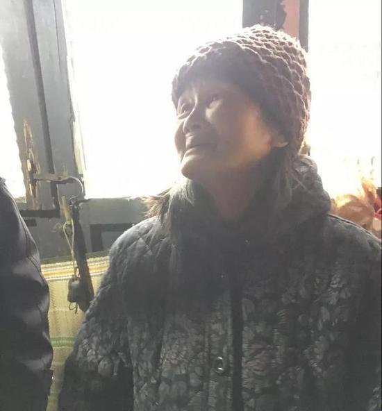 77岁的奶奶