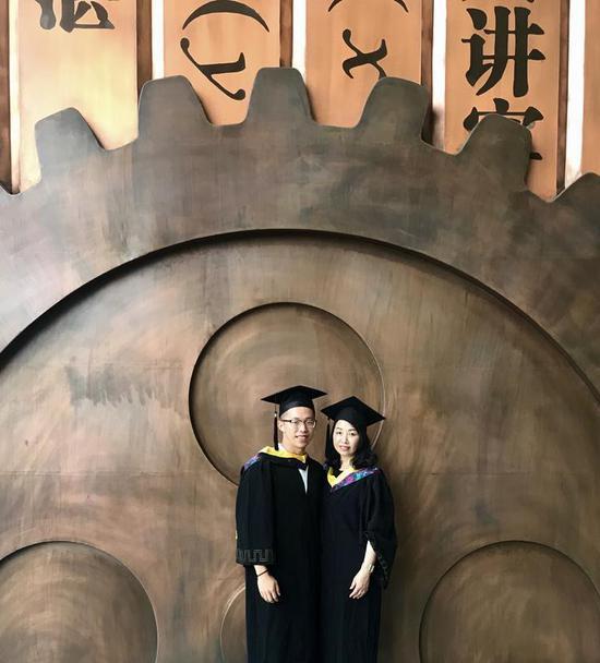 宁波小伙毕业季完美收场 收美国8所高校研究生