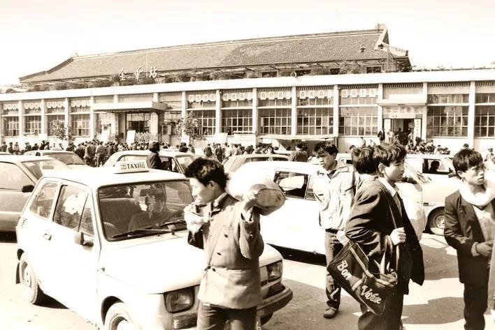 1993年,金华火车站