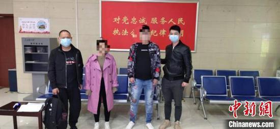 龙湾警方抓获犯罪嫌疑人。 龙湾警方供图