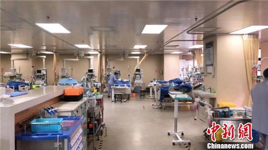 图为浙江大学明州医院急诊科。 姚露露 摄