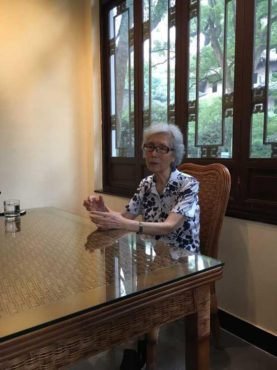 ▲27年后,郭黛姮动情地讲述他们在钱塘江边修古塔的细节,犹如昨日般清晰。