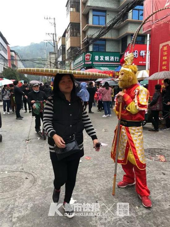 2018年3月,瞿溪镇,这本事孙悟空也得站一边。