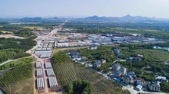 杭州绕城西复线杭绍段施工现场。浙江交通集团杭州板块 供图